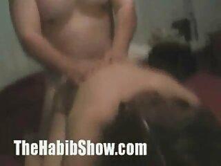 Kendra Lust dedo su culo durante el parodias x en español sexo vaginal