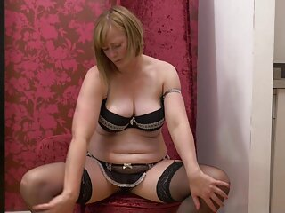 Ava Addams ver videos x español se sienta sobre una polla con la boca y prueba el anal