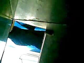 Annie Cruz con un piercing en el labio inferior videos x de maduras españolas folla con un negro