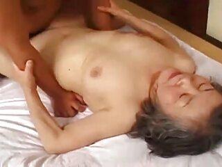 Doble mamada de una casting x españolas zorra blanca y negra