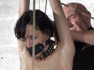 Lelu Love se enciende con videos x casero español un striptease y se la chupa a un chico