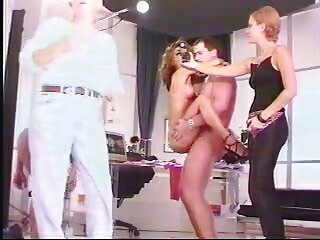 Entrevista maduras españolas videos x a la prostituta Susanne