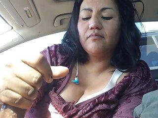 Vieja niñera paginas x en español muestra striptease y se masturba