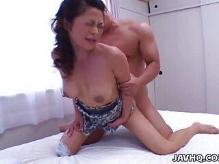 Compañero de reemplazo sexual para un chico videos triple xxx en español perplejo