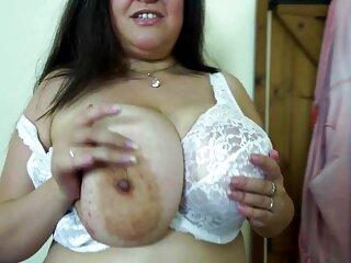 Melody muestra su pelicula completa tarzan xxx cuerpo ante la cámara