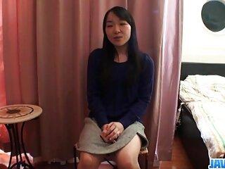 Anissa Kate se frota el coño videos x gratis español sola