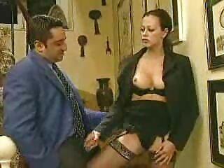 ¡No es una pena dar dinero por una prostituta así! peliculas x porno español