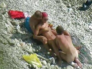Alina West tuvo x video subtitulado sexo en la terraza de su casa