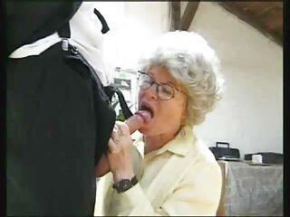 El director convenció a la modelo videos x subtitulados en español de que se desnudara frente a la cámara.