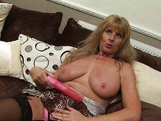 ¡Ella bajó a su novio de manera tan erótica! casting x español